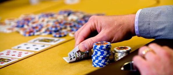 Panduan Cara Bermain Domino Qq Miyaqq Situs Judi Poker Bandar Qq Online Terpercaya Terbaik 2020