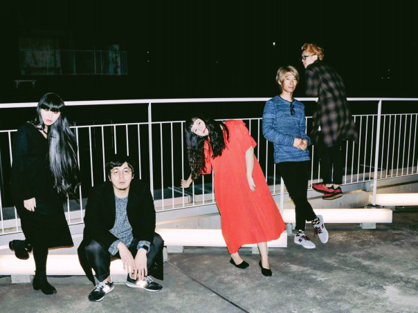a month of sundays 渋谷乙マンスリーピックアップ 花とポップス