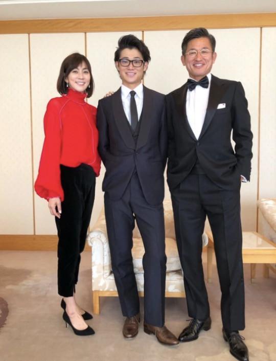 三浦りさ子、夫・カズと結婚式に...