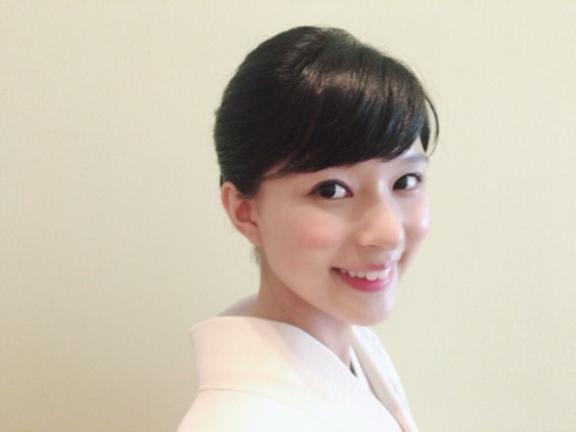 芳根京子、振り向きざまの着物オフショット公開「相変わらずお美しい」