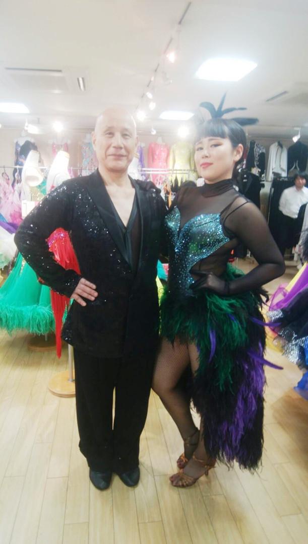 今年の番組では、お笑いコンビ・ウッチャンナンチャンの南原清隆らとともに、社交ダンスに挑戦し、視覚障害のある人々が参加するという『全日本ブラインドダンス選手権