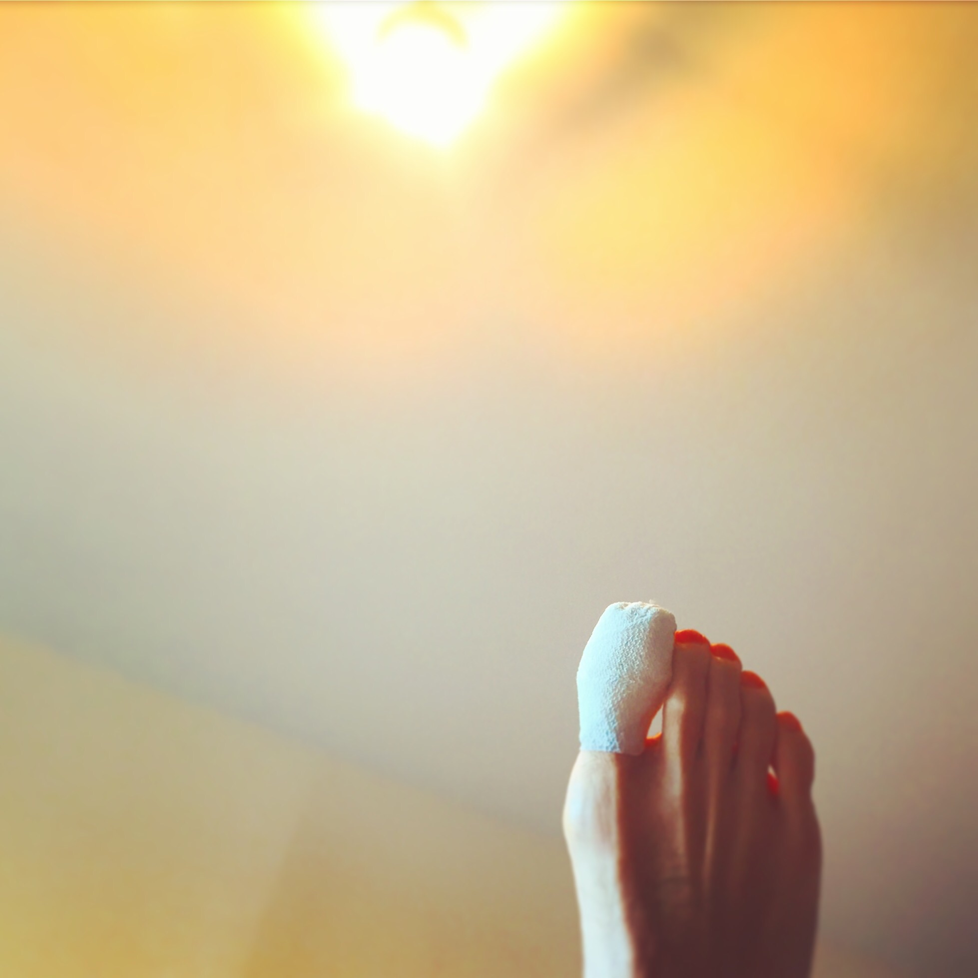 の た が 爪 剥がれ 足 親指 の 爪が剥がれかけた場合の対処法7選