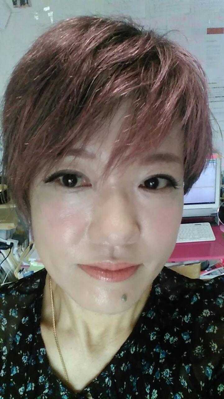 SHINeeテミンの髪色~いろんな髪型・髪色に美開運メイク