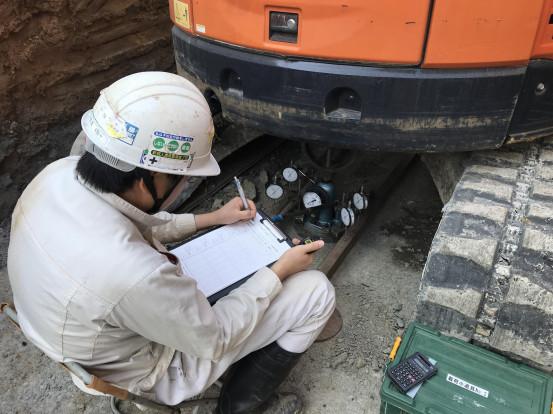 平板載荷試験 擁壁工事 底盤地耐力確認 建築じかん