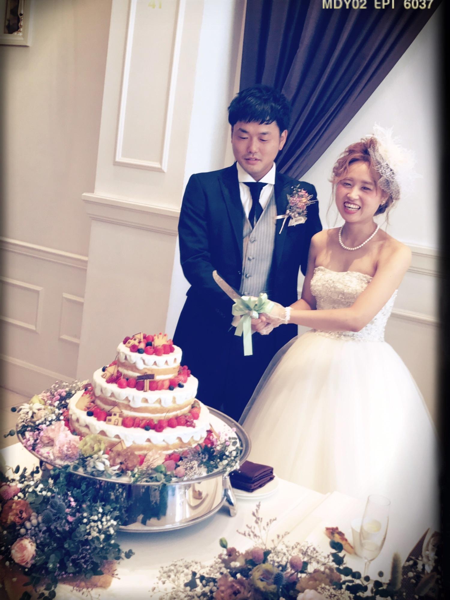 大石絵理さん結婚式 ④ 【ケーキ入刀編】 ファーストバイト