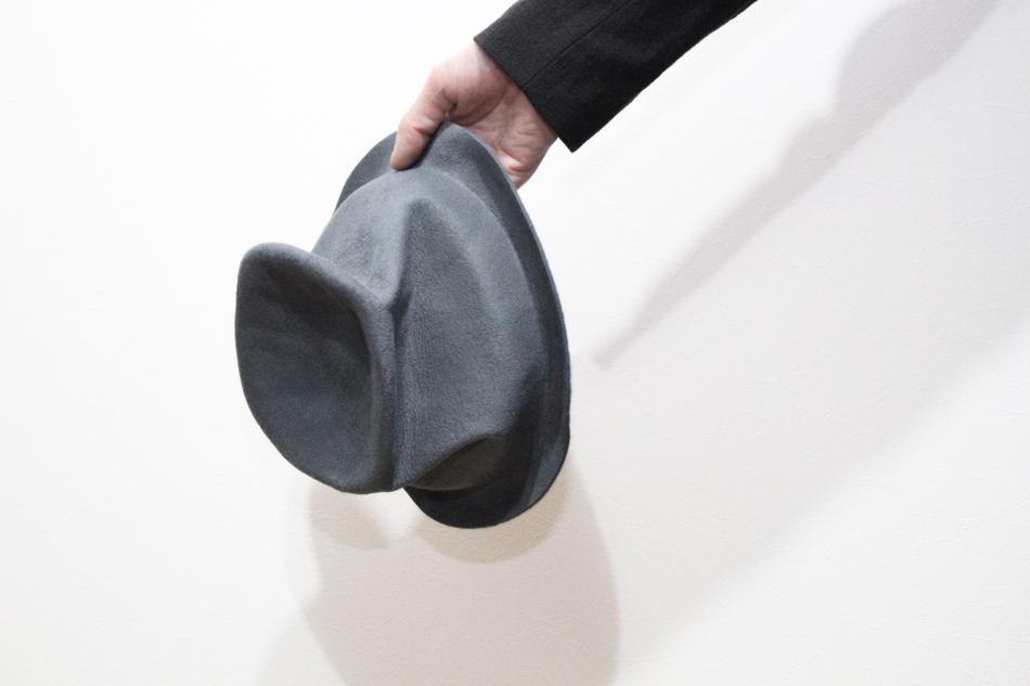 ハンドメイドで作り出されるクラッシックな雰囲気とアート性を兼ね備える Your Hat Number