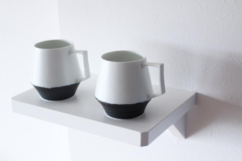陶芸家【宮崎雄太 器とデザイン】ミニマルなデザインでインテリアを選ばないモノトーンのマグカップ再入荷