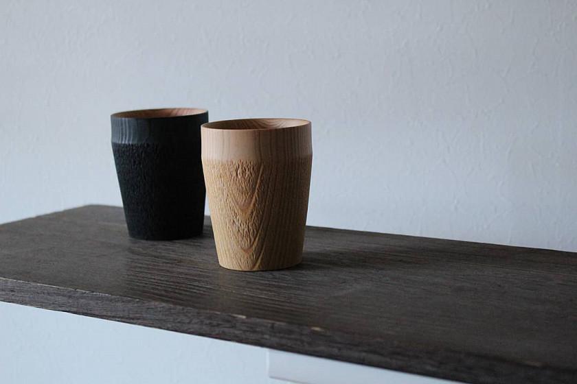 """自宅でカフェスタイルを楽しめる木工職人が手掛けた木目の美しいカップ【Fuqugi】""""TROLL"""""""