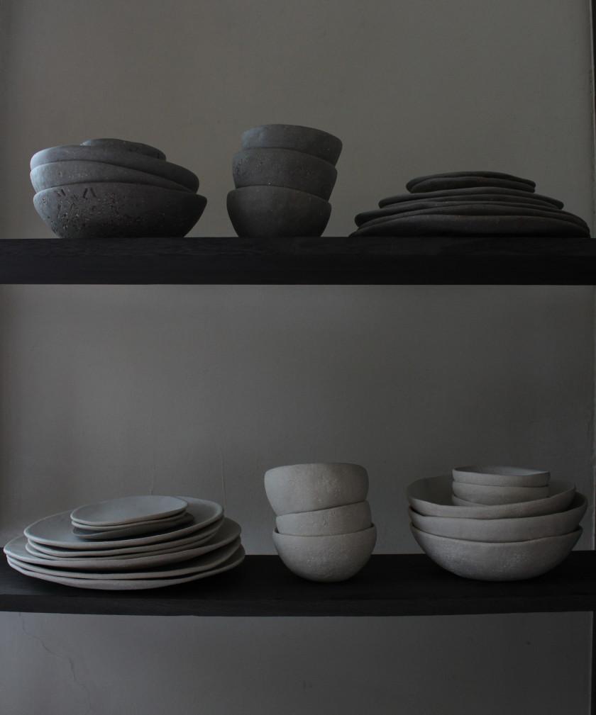 自然の形や質感をテーマに独自の世界観で魅了する 英国の陶芸家【SARAH JERATH】日本初上陸