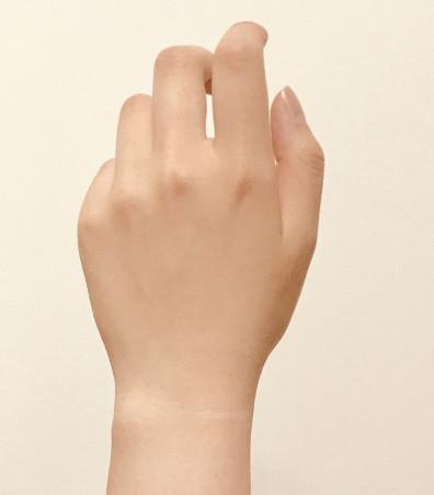 脱力した手【手】 | 漫画の自撮り資料集