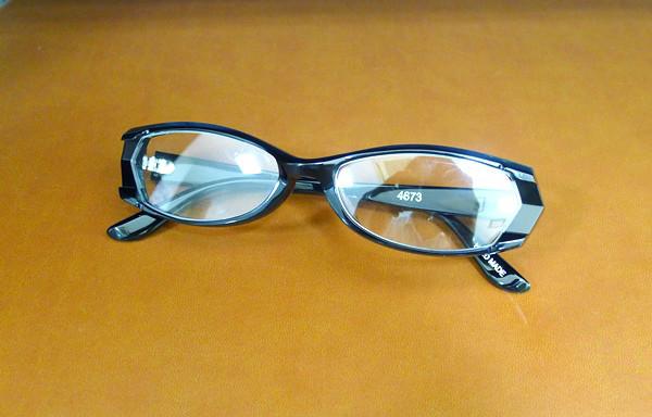 「仮面ライダー電王」で使用したメガネ No NAME 4673 ブラック / クリアーがついに入荷致しました!