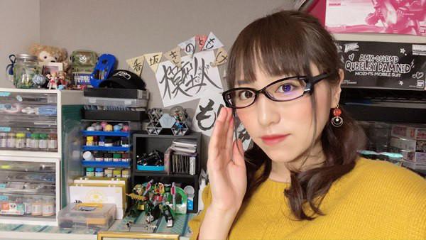 プラモアイドル&マイスター・香坂きのさんがライダーベルトで仮面ライダー電王に変身していました。