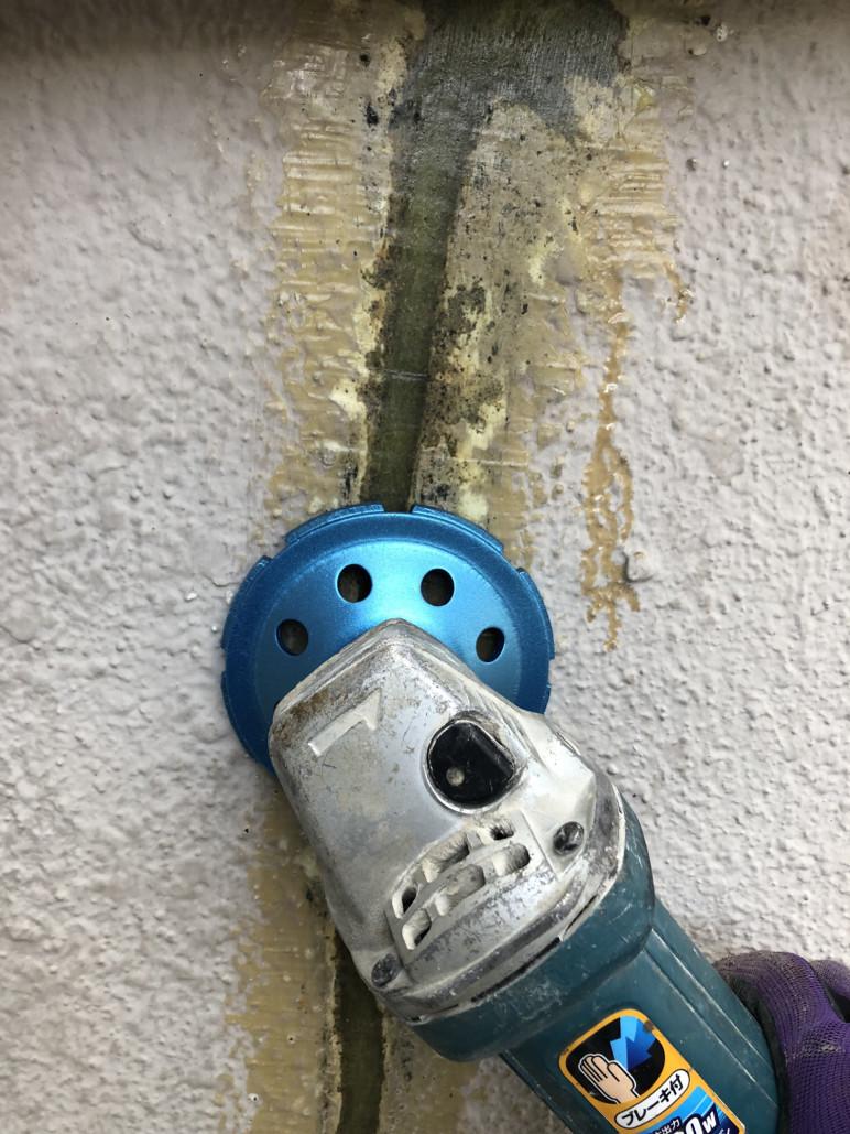 下地補修完了 西多摩で唯一の超耐久4回塗り外壁塗装 屋根塗装を行います クロス塗装 漆喰塗装もお任せください