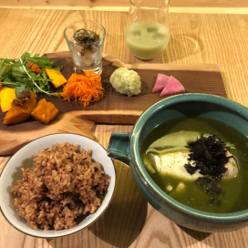 13店舗で食べられる美人ランチ/Chikyuは赤と緑の対決