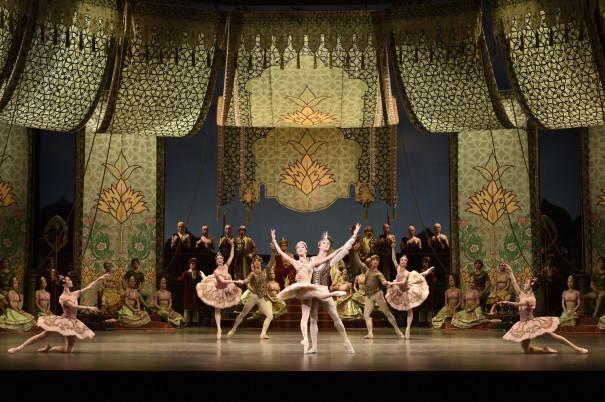 新 国立 劇場 バレエ 団