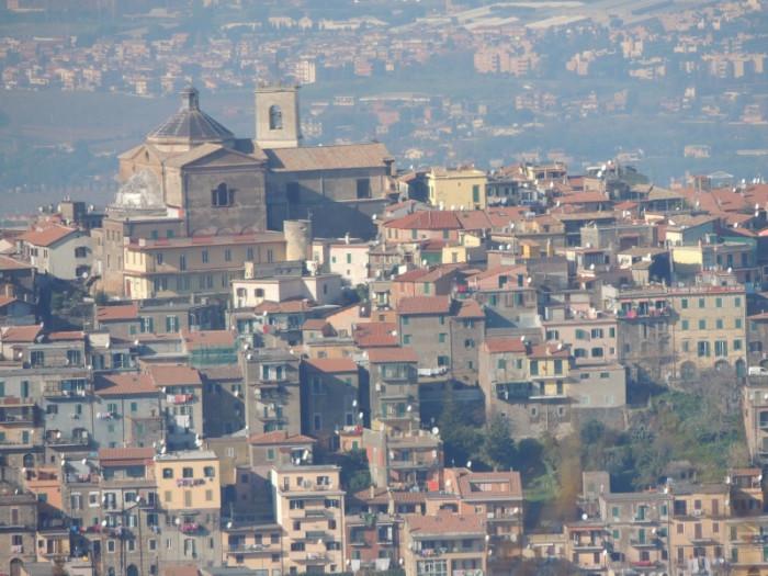 カステッリ・ロマーニ、コッリ・ロマーニ Castelli Romani と Colli Romani